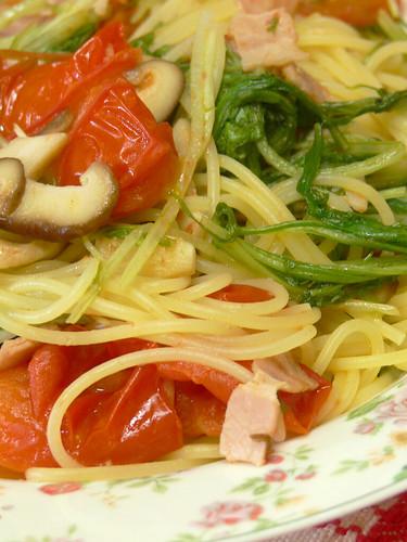 水菜と中玉トマトのスパゲティ