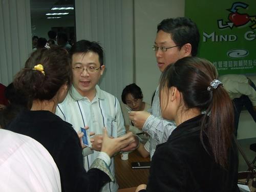 你拍攝的 20090319益讀俱樂部_鄭匡宇就是愛被罵fuji067.jpg。