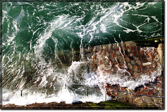 Tsunami (_Hadock_) Tags: windows wallpaper muro water strange wall de macintosh nokia photo mac agua san foto sebastian screensaver background osx creative 7 wave commons lo tsunami leopard xp linux vista pelicula visual effect unix fondo gigante escritorio ola donostia siete mega tsunamis enormous watter pantallas barandilla guipuzcoa efecto salva imposible walpaper efect n95 salvapantallas comons megatsunami txunami chunami
