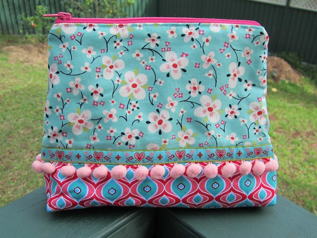 make up bag - big blossom