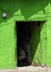 the open door (uteart) Tags: woman green mexico sitting village adobe visualart abode pinocho passionphotography mywinners platinumphoto colorphotoaward infinestyle utehagen uteart theperfectphotographer dragongold