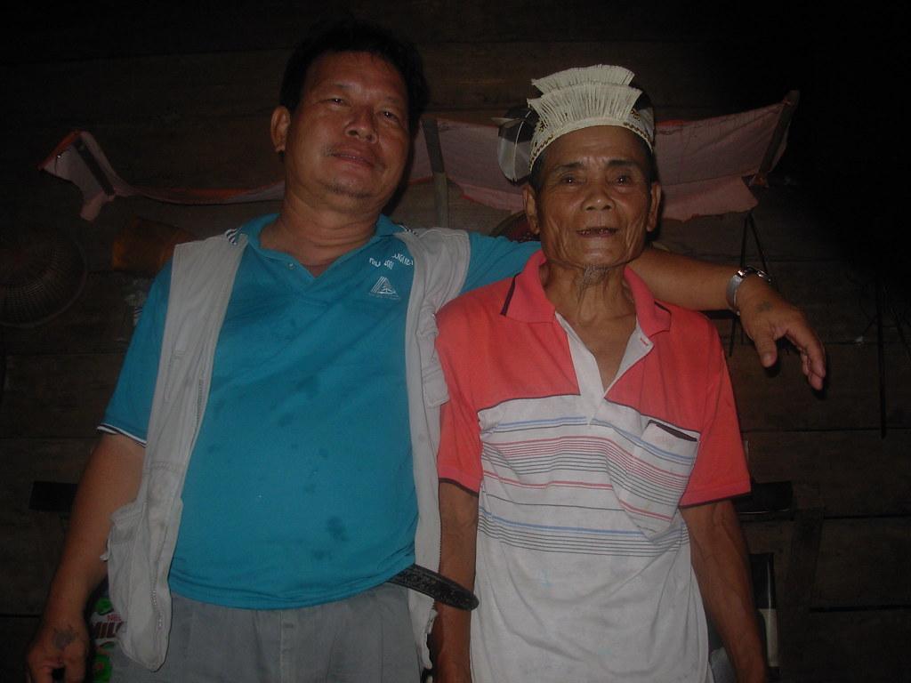 Sarawak-Belaga-LHouses (226)