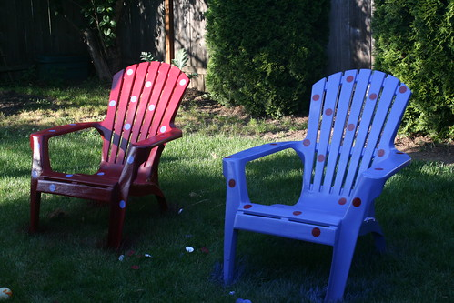 2606896290 385026626a Extreme Makeover: Plastic Adirondack Chair Edition