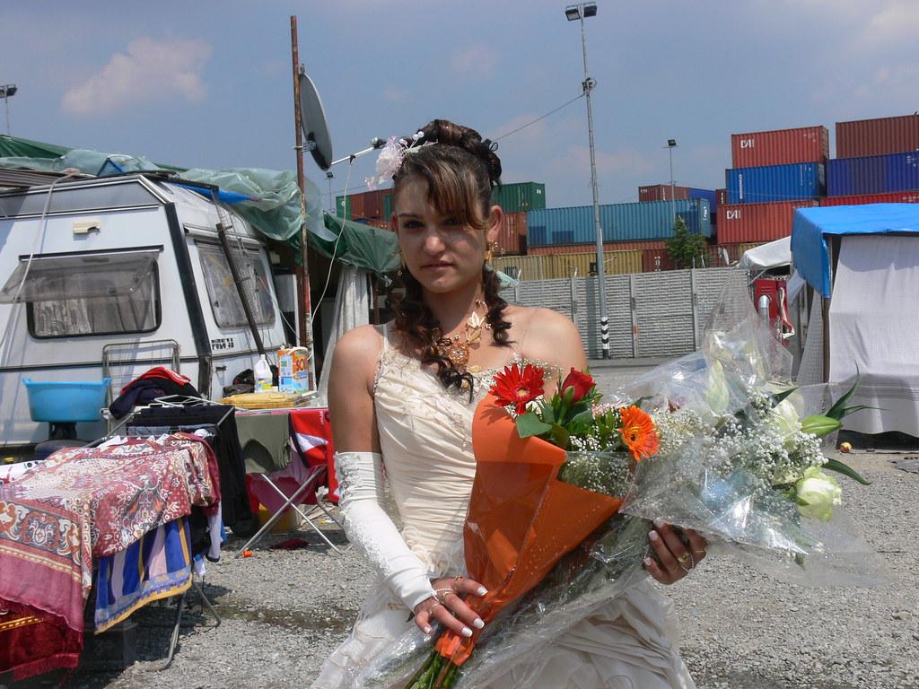 Matrimonio Gipsy Romanish : Evka e lukas il grosso grasso matrimonio gipsyu e gli abiti da