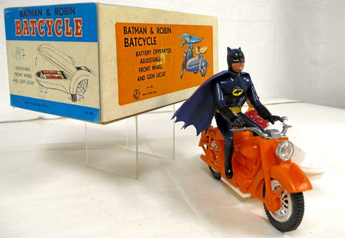 batman_batcycle2.jpg