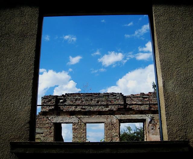 prozor/ window