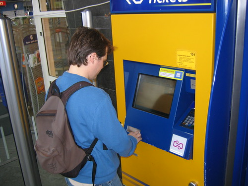 Getting train tickets in Leiden