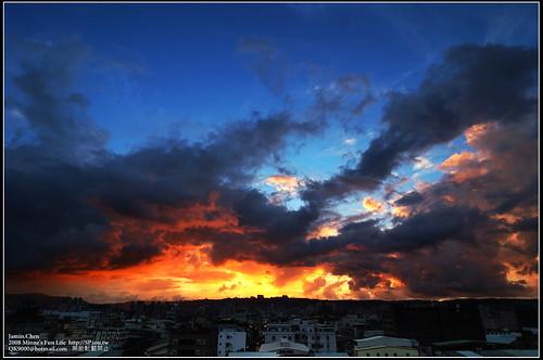 辛樂克颱風前傍晚的天空