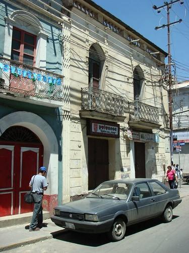Cochabamba street life...