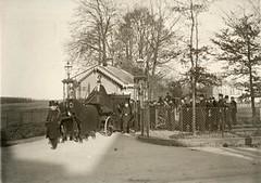 Begrafenisstoet bij tehuis Bronbeek voor oud-K...