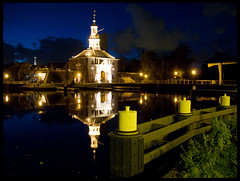 Wednesday: 22. October 2008 (a photo a day) Tags: city autumn netherlands night canon leiden october potd 2008 aphotoaday g9 project365 1pic flickrlovers