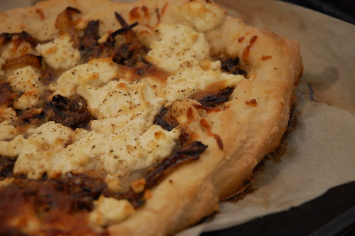 Goat Cheese and Caramelized onion pizza