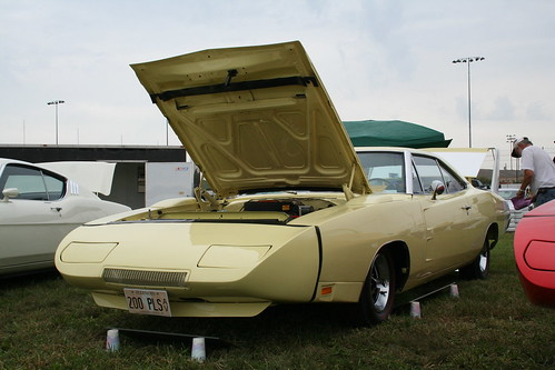 1969 Yellow Dodge Daytona