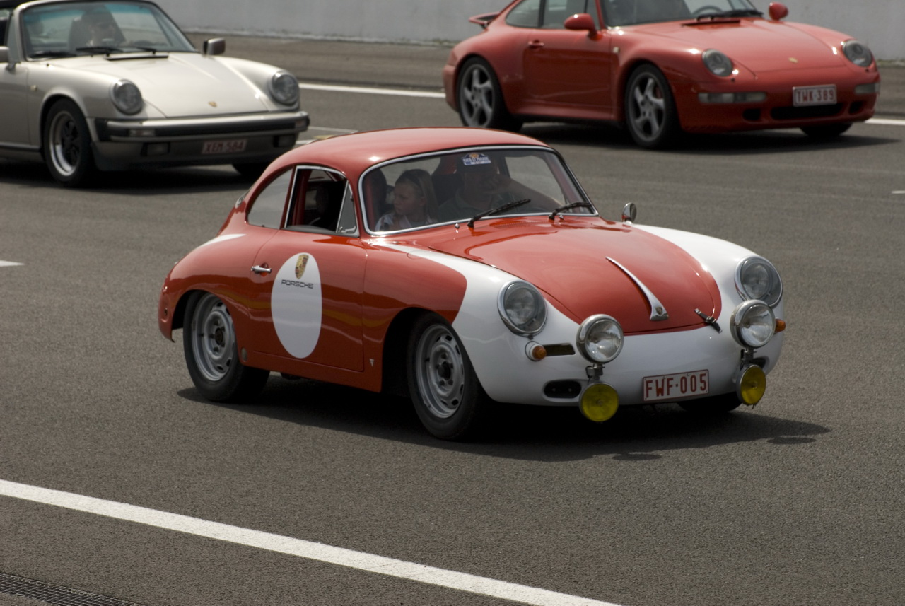 Porsche 356 Red and White