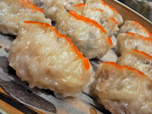 dumpling07 魚翅餃(ふかひれ蒸し餃子)