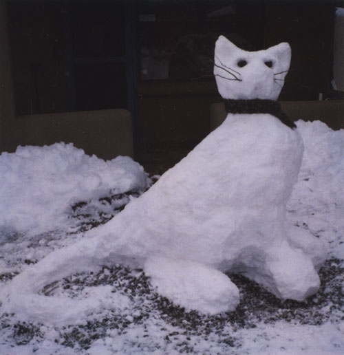 snow cat (w/ scarf)