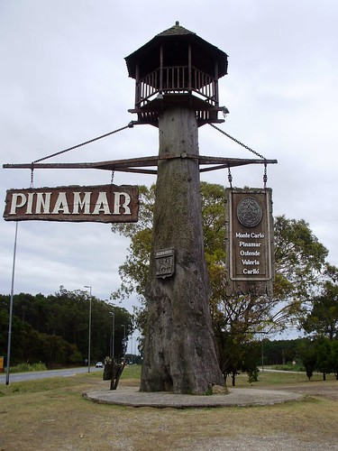 Pinamar entrance