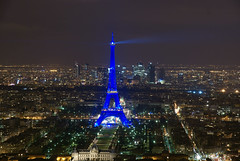 View from Tour Montparnasse 1 (mattrkeyworth) Tags: longexposure paris france tower night frankreich tour nightshot nacht eiffel montparnasse nachtaufnahme langzeitbelichtung nachaufnahme a900 sonyalpha colorphotoaward sonyalphaa900 sonya900 mattrkeyworth