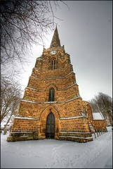 Vanishing Point (@richlewis) Tags: england snow tower church c