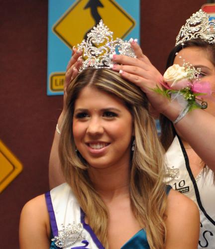 Miss La Habra 2011