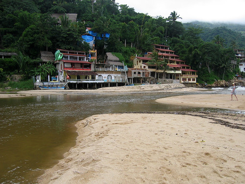 El Tuito River