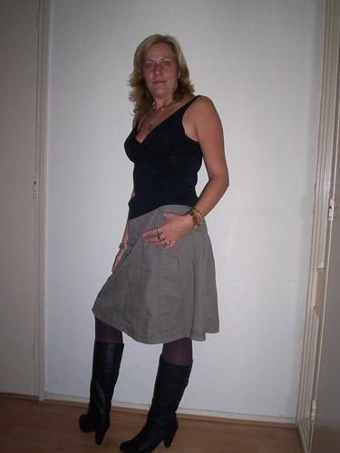 Mature boot ladies pics