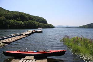 小野川湖へ出航の準備