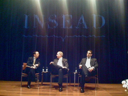 INSEAD alumnus and Deans