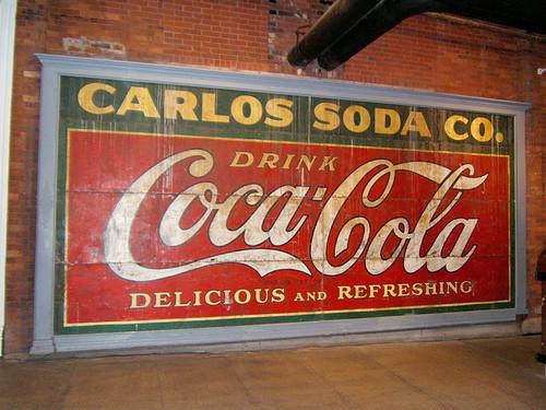 800px-Vieille-affiche-Coca-Atlanta