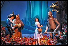 wizard of oz DSC_1104 (explored) (Jeremy Bischoff) Tags: flowers blue forest dark dorothy lowlight theater basket florida wizard scarecrow lion indoor disney noflash poppies fl wdw ax wizardofoz 2008 toto emeraldcity tinman d300 cs3 greatmovieride lakebuenavista audioanimatronics 2870f28 hollywoodstudios june2008 disneyhollywoodstudios mbd10 disneyphotochallengewinner jeremybischoff 5stardisneyaward