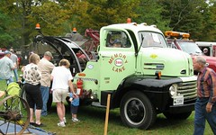 1948 Ford Tow Truck (blazer8696) Tags: fall ford 1948 festival truck canon vintage is kent antique connecticut ct sharon powershot machinery lane memory cama popular 2008 esso f5 tow coe towtruck association memorylane conn cabover fallfestival img0915 rte7 fourtires a570 t2008