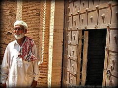 Chahcha Ramzan (explored) (Danial Shah) Tags: old pakistan man tour fort guide chacha punjab qila ramzan cholistan qilla derawar edanial muhammaddanial islamcultureandpeople onepakistanonenation muhammaddanialshah