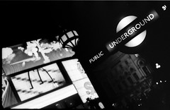 (giuli@) Tags: uk england blackandwhite bw london film analog underground geotagged 50mm lenstagged metro tube piccadillycircus tubestation neopan londontube neopan1600 londra metropolitana zuiko iso1600 inghilterra olympusom10 fujineopan1600 blackandwhitefilm fujineopan zuiko50mmf18 giuliarossaphoto bncitt noawardsplease geo:lat=51510111 nolargebannersplease geo:lon=0134443