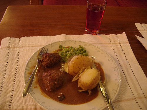 Meal at London's Norwegian church