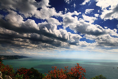 Vista su Costa Triestina (Michele Catania) Tags: blue autumn red sky costa leave canon wonderful landscape coast leaf mood power view angle infinity wide some kind vista su michele depp sentiero venezia catania trieste lonliness giulia friuli rilke duino powerfull triestina friuliveneziagiulia blueribbonwinner golddragon mywinners abigfave canoneos400d michelecatania