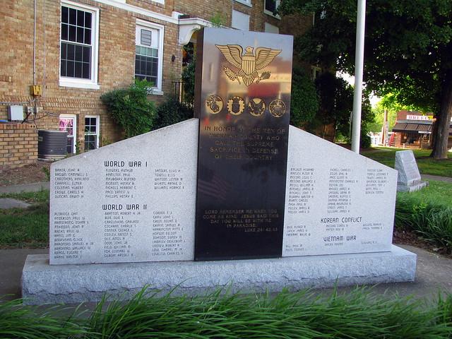 Hickman County War Memorial