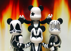 KISS (ecpica) Tags: toys kiss demon spaceman bearbrick catman starchild berbrick playcommy