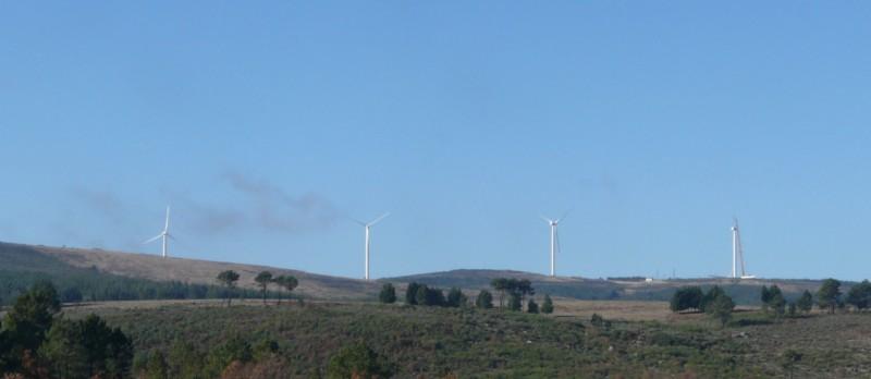 (Portugal) Construction du parc éolien du Sabugal 3058543112_50a5a39585_o.jpg