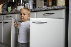 Kes mu kgikapis elab? (anuwintschalek) Tags: kitchen austria 2008 kalle kapp kodu wienerneustadt kk canoneos1000d