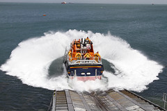 RNLI RELIEF LIFEBOAT 16-06 (John Ambler) Tags: rescue station frank anne class relief lifeboat tamar bembridge rnli wilkinson launching 1606 rnlb frankannewilkinson
