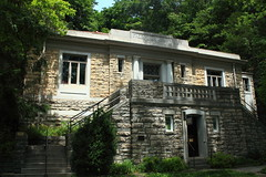 Carnegie Public Library - Eureka Springs, Arkansas (danjdavis) Tags: arkansas oldbuilding carnegielibrary eurekasprings stonebuilding lirary
