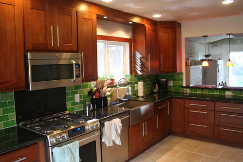 Kitchen: After! (Minus Paint)