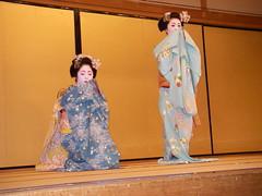 Kyomai (birgit carlsson) Tags: art kyoto gion tradional japanes chionintemple ginkakujitemple geishor