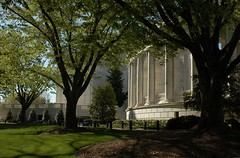 Serenity (EricK_1968) Tags: cemetery arlington washingtondc memorial tomb korea vietnam ii soldiers arlingtonnationalcemetery unknownsoldier worldwar pershing veterans tomboftheunknownsoldier medalofhonor memorialamphitheater erick1968 mygearandmepremium mygearandmebronze