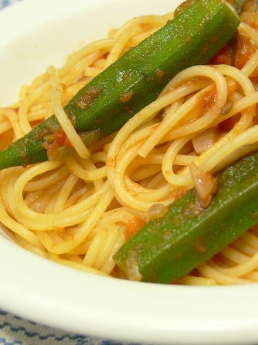 オクラのトマトソーススパゲティ