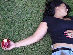apple death (Vee_October) Tags: woman girl grass lady heart val snowwhite appleheart appledeath
