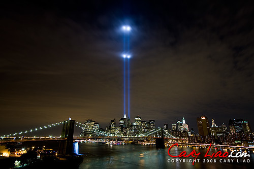 World Trade Center Tribute in Light 2008. The Brooklyn Bridge and Downtown