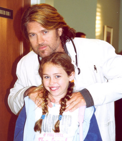 miley cyrus pictures with dad. Miley Cyrus Rare. with her Dad