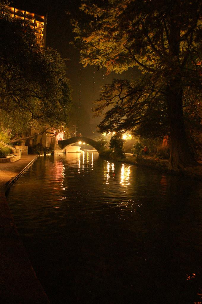 Riverwalk_03