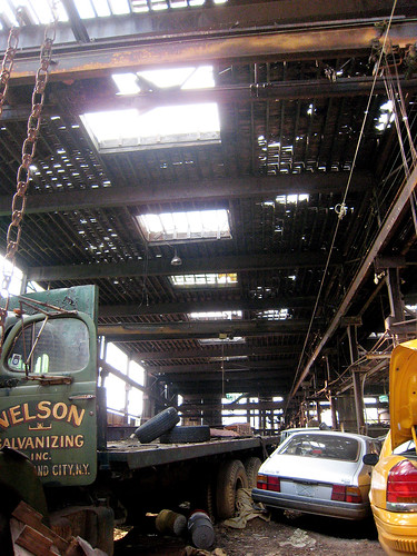 Rusted Factory in LIC 004